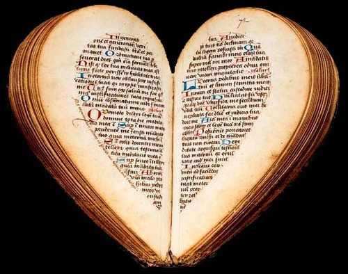 Heart-shaped Book of Hours, BnF, latin 10536, 15th c. Image via this site.
